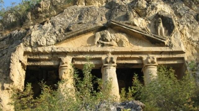 Boyabat Kaya Mezarları