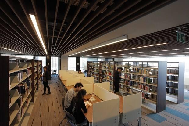 Özyeğin Üniversitesi Kütüphanesi