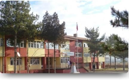 Şehit Hacıbey Kaya Anadolu Lisesi