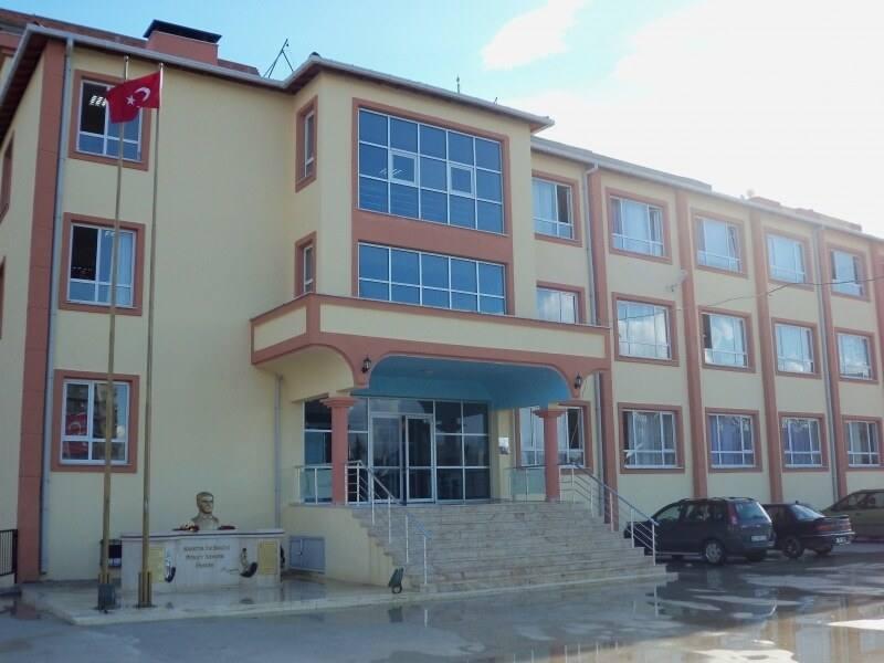Bornova Karacaoğlan Mahallesi Ortaokulu