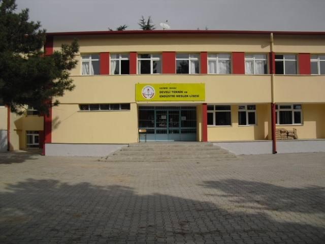 Muammer Kocatürk Mesleki ve Teknik Anadolu Lisesi