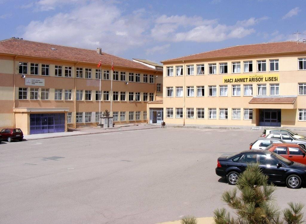 Hacı Ahmet Arısoy Anadolu Lisesi