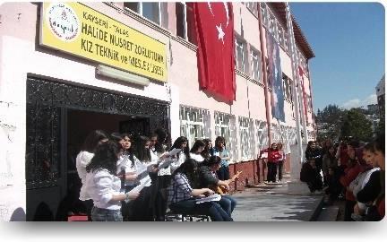 Halide Nusret Zorlutuna Mesleki ve Teknik Anadolu Lisesi