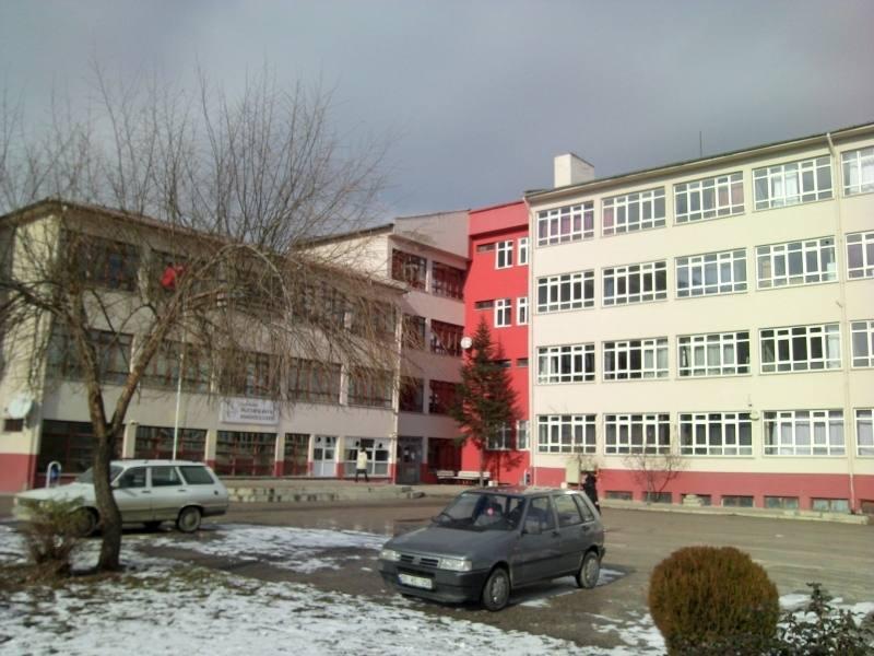 Mustafa Kaya Anadolu Lisesi