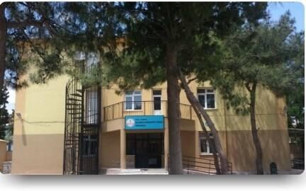 Naldöken Muharrem Candaş Ortaokulu