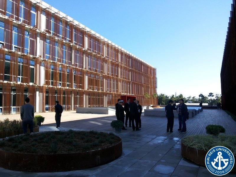 Piri Reis Üniversitesi Sosyal Bilimleri Enstitüsü