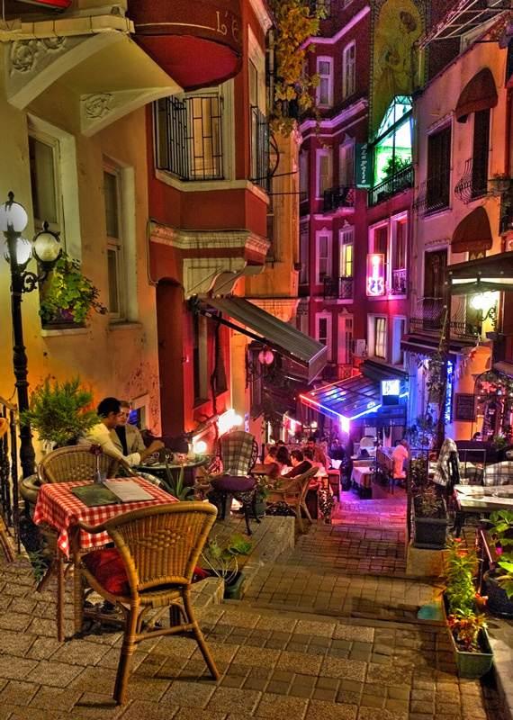 Beyoğlu Fransız Sokağı
