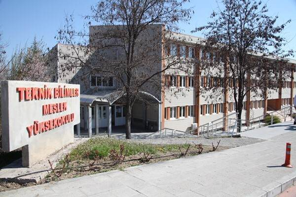 Süleyman Demirel Üniversitesi Teknik Bilimler Meslek Yüksekokulu